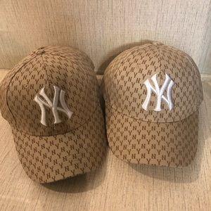 Yankees sport caps